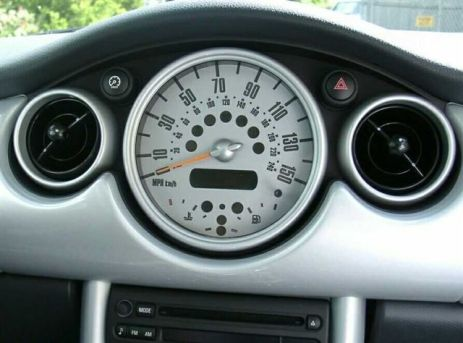interior_speedo