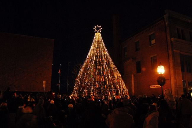 December 12 - Gloucester's Lobster Trap Tree Lighting.jpg